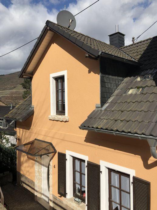 »» Schmuckes Einfamilienhaus mit wunderbarem Rheinblick ««