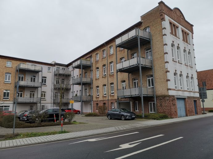Moderne, helle zwei-Zimmer-Wohnung im Zentrum.