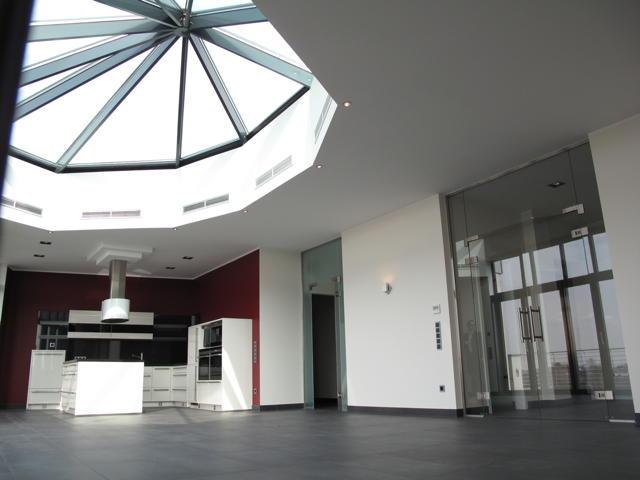 Repräsentatives Luxuspenthouse mit 3 Zimmern in Kerpen-Sindorf