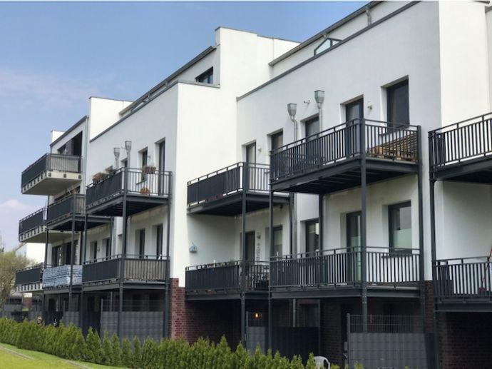 Kapitalanlage: Zeile mit 5 Mehrfamilienhäusern . Mit bester Anbindung an den Hamburger ÖPNV