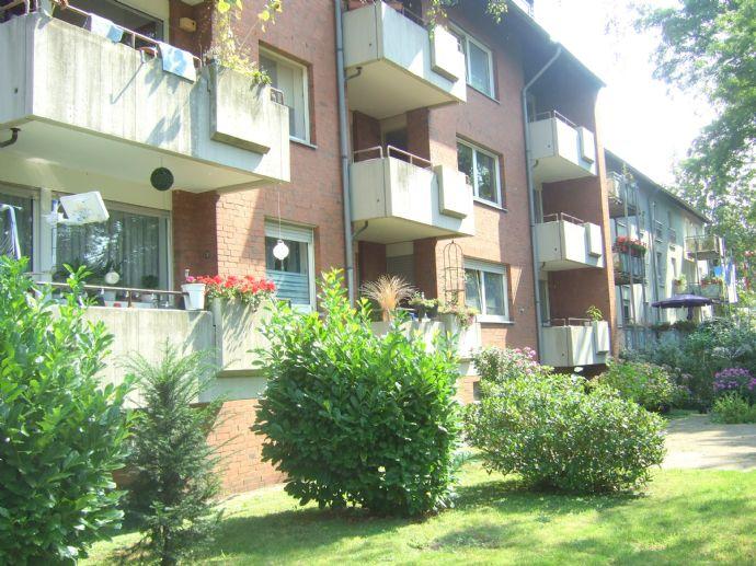 Sanierte Ruhige 2 Zimmer-Wohnung mit Balkon