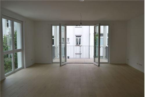 REMAX - Luxus Penthouse-Maisonette in bester Frankfurter Lage, Holzhausenviertel