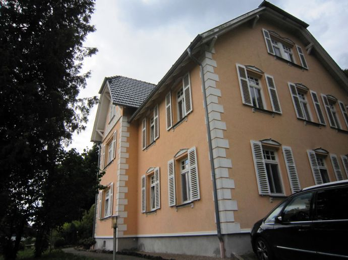 Große 3-Zimmer-Wohnung mit Gartennutzung in Bad Liebenstein ST Steinbach