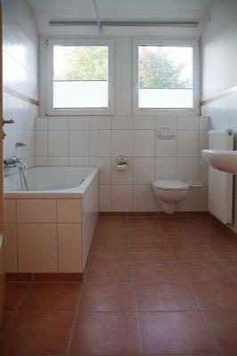 helle wohnung 1 og in os haste stadtnah und im gr nen wohnung osnabr ck 2bv8w4r. Black Bedroom Furniture Sets. Home Design Ideas