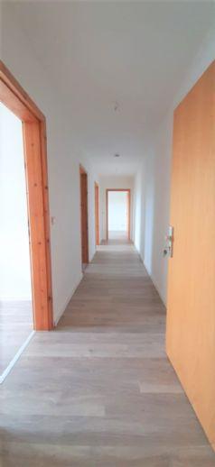 Modernisierte 3-Raumwohnung mit Gemeinschaftsgarten in beliebter Wohnlage am Körnerpark