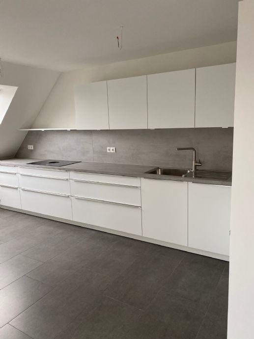 4,5-Zimmer, Erstbezug mit Einbauküche sucht Mieter in Kirchheim unter Teck