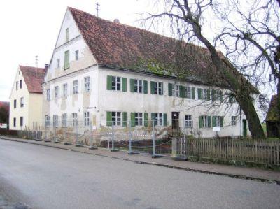 Mächtiges Wohn-/ Gasthaus mit historischem Flair