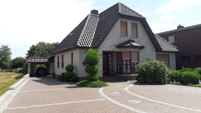 !!Repräsentatives Wohnen!! Traumhaftes, hochwertiges EFH mit gr. Platzangebot, Garage, Geräteraum, Terrasse, Wintergarten uvm.