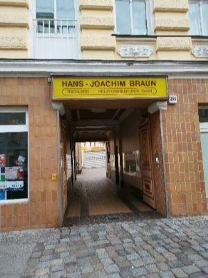 Berlin Halle, Berlin Hallenfläche