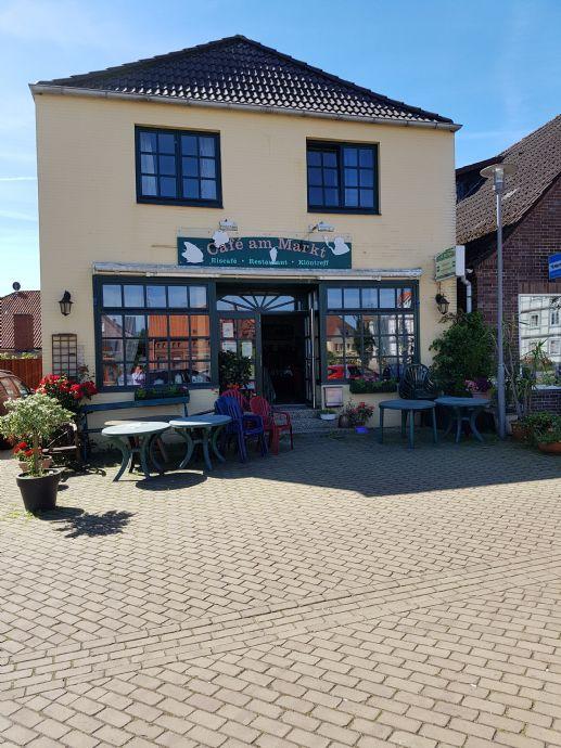 Zweifamilienhaus im Herzen von Dahlenburg - ehemaliges Café * COURTAGEFREI *