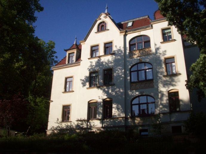 Stilvoll wohnen Am Wilden Mann- Jugendstil-Mehrfamilienhaus!