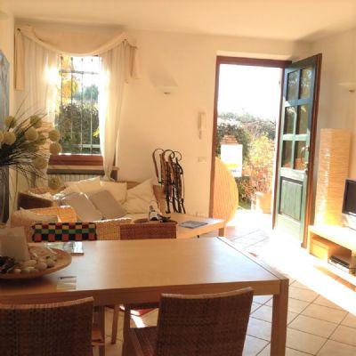 urlaub am gardasee in italien wohnung lazise del garda 2ejqv4m. Black Bedroom Furniture Sets. Home Design Ideas