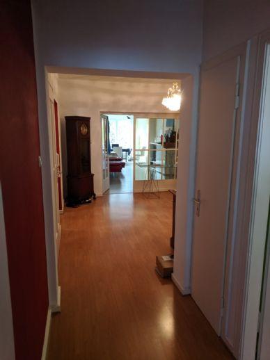 Großzügige 3-Zimmer-Wohnung mit schöner Loggia