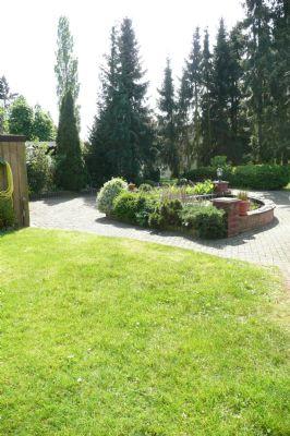 freistehendes einfamilienhaus auf gro em idyllischen grundst ck bungalow bremen 2as2q46. Black Bedroom Furniture Sets. Home Design Ideas
