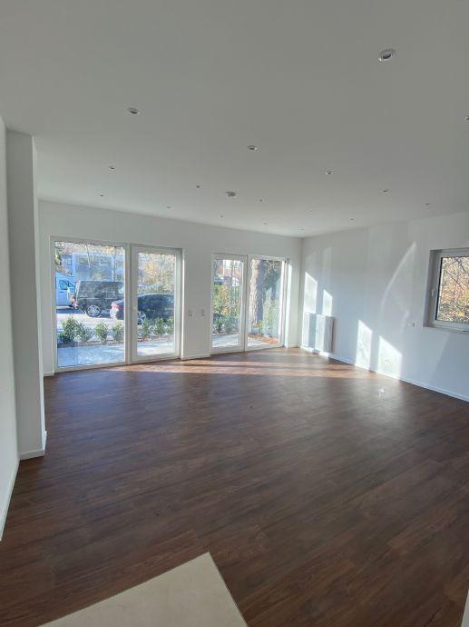 Wohnen in exklusivsten Lage von Königsdorf Terrassenwohnung mit 20qm großen Terrasse. Neubau