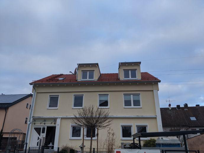 Neuwertige 4-Zimmer-Wohnung mit Balkon und EBK in Frankenstraße, Erlangen-Höchstadt (Kreis)