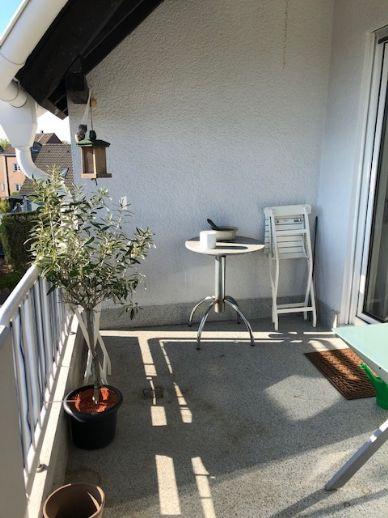 Wohnen wie im Urlaub - in einer 3,5-Zimmer-Wohnung mit großem Balkon in Radevormwald-Keilbeck !