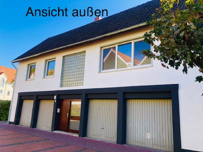 Erstbezug nach Sanierung: schöne 4-Zimmer-Wohnung auf zwei Etagen mit Dachterrasse in Burgdorf