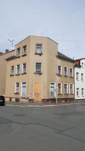 Kleines Mehrfamilienhaus zur Selbstgestaltung!