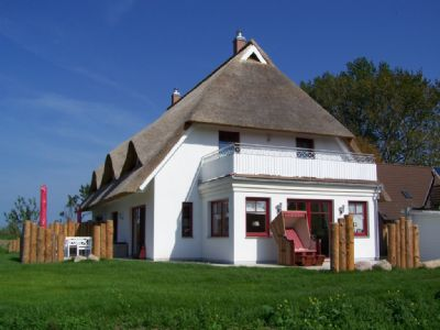 acentra Rohrdachhaus