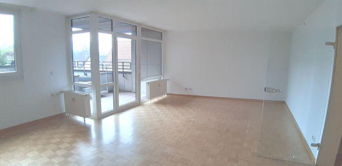 Im Herzen von Bünde mit viel Platz: 3-Zimmerwohnung mit Balkonen und Tiefgaragenstellplatz