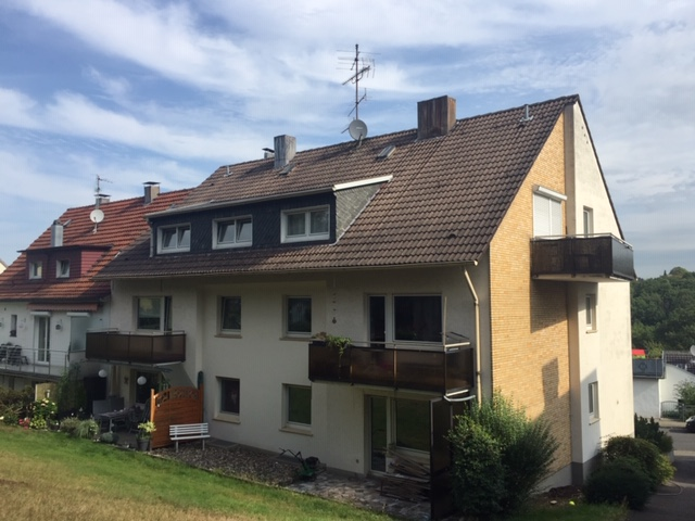 RS-Hasten, Unterhützerstraße, 2 Zimmer, KDB im Dachgeschoss