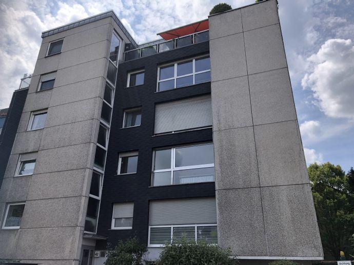 4-Zimmer-Wohnung mit Balkon in Rodenkirchen, Köln