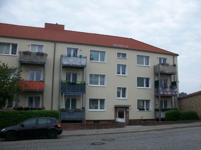 3- Zimmer Wohnung mit Balkon zu vermieten!