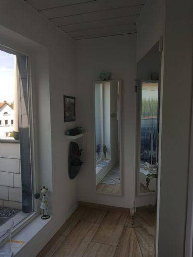 lichtdurchflutete großzügige DG-Wohnung in Bielefeld-Heepen