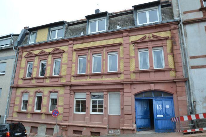 Mehrfamilienhaus mit vier Wohneinheiten in Pirmasens