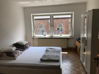 Modernisierte 2,5-Zimmer-Wohnung im 2. OG mit neuer Einbauküche in Do-Süd