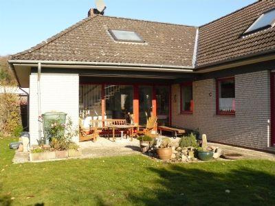 Großzügiges Wohnen mit Terrasse und Garten - 6 Zi., Kaminofen und Sauna in Syke
