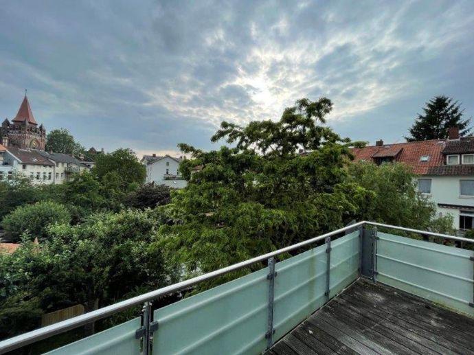 Individuelle 3-Zimmer-Wohnung mit ausgebautem Dachgeschoss