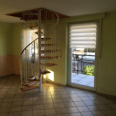 Küche mit Treppe zum Spitzboden