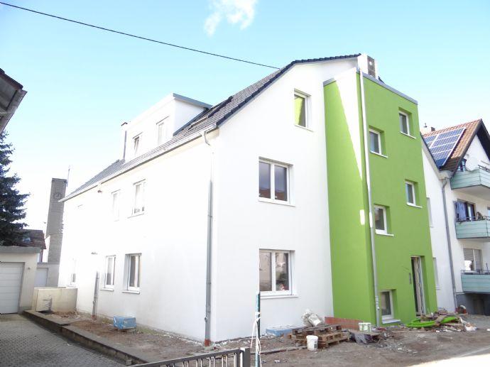 Neubau Erstbezug mit Gartennutzung in KfW 55 Effizienz mit Kühloption