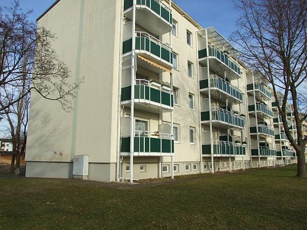 wohnung mit tageslichtbad in zw tzen etagenwohnung gera 2c9cd4y. Black Bedroom Furniture Sets. Home Design Ideas