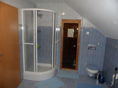 Dusche mit Sauna