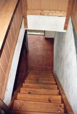OG-Treppe vom sep. Zugang vom Hof zur ELW