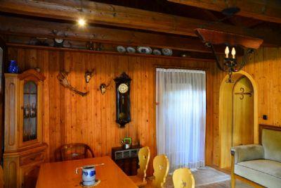 Wohnzimmer mit Essbereich
