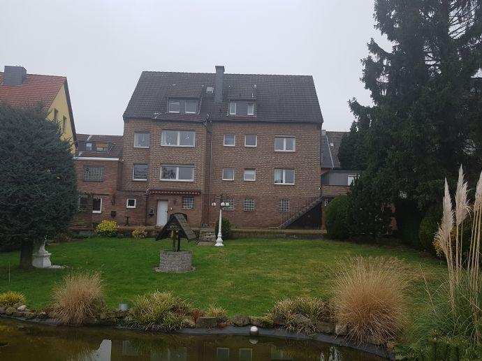 ETW-Paket (123,63 qm + 44,45 qm Wfl.) in 4 Fam.-Haus in Bottrop-Vonderort