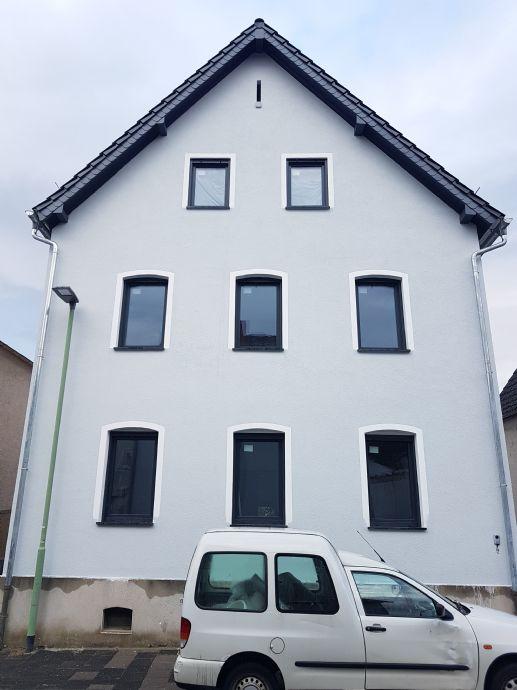 Neu renovierte 2-Zimmer-Wohnung - Friedberg/Fauerbach