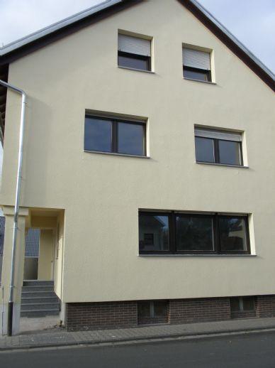 Im beliebten Griesheim: Große Wohnung im EG und 1 Zimmer im Souterrain... auch für nette WG geeignet