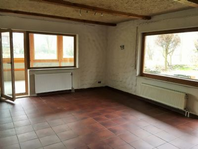 Wohnzimmer im GG mit Tür zum Wiintergarten