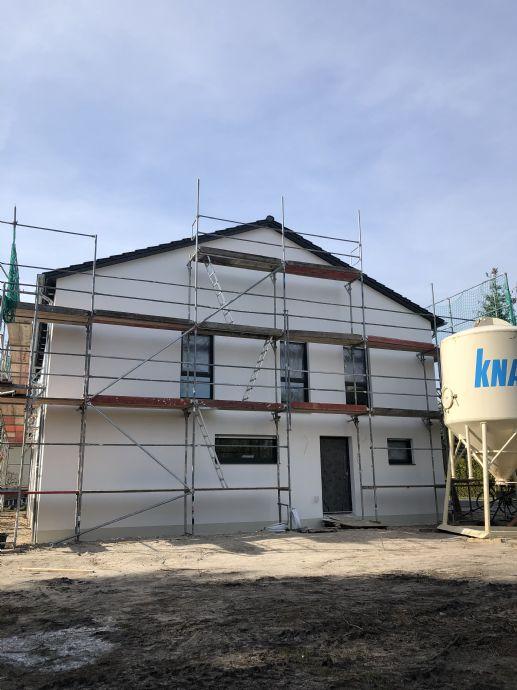 hochwertige Doppelhaushälfte auf tollem Grundstück in Möser inkl. 2 Stellplätze