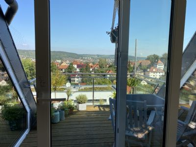 Sonnige 4-Zi.-Maisonette-Wohnung mit Sonnenterrasse im Kernbergviertel
