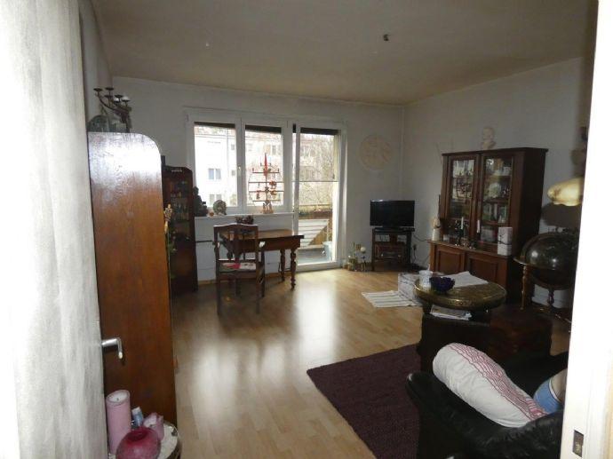 2 Zimmerwohnung mit Balkon in Berlin - Britz