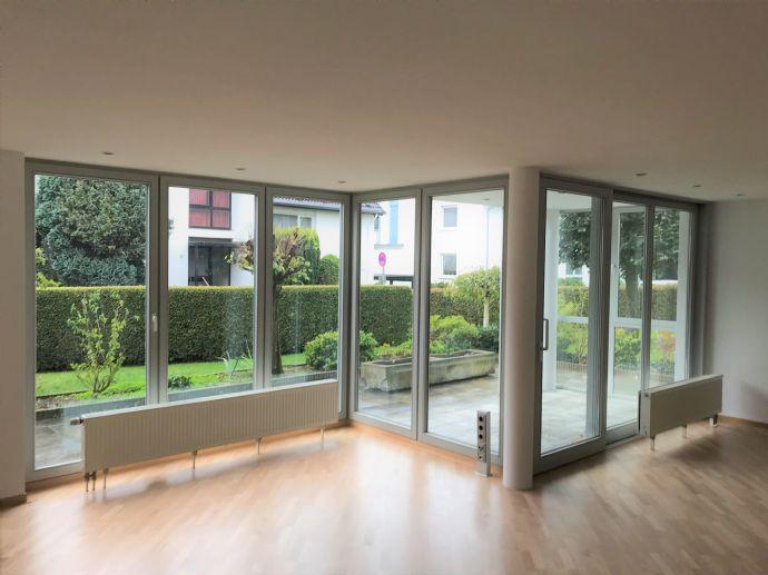 Moderne 3-Zimmer Terrassenwohnung in sehr zentraler & ruhiger Lage