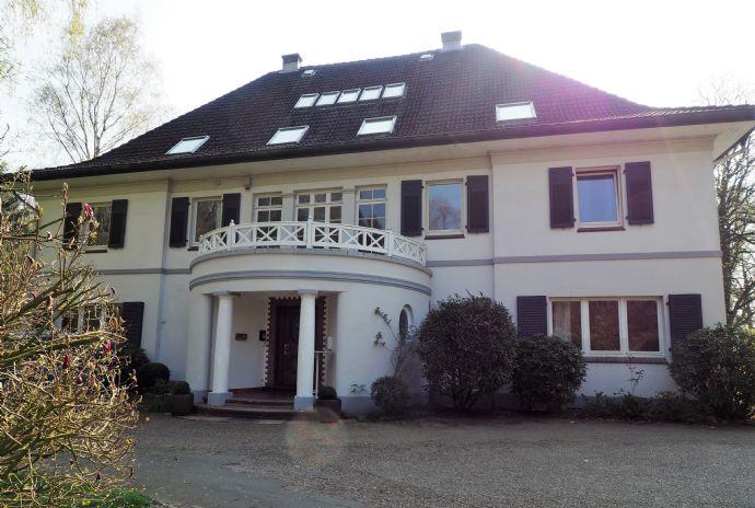 Repräsentative Villa mit vielfältigen Nutzungsmöglichkeiten