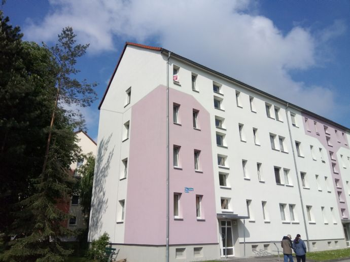 2-Raum-Wohnung Am Stadion 25 neu renoviert