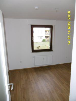 schicke neu sanierte wohnung in gr ner umgebung wohnung. Black Bedroom Furniture Sets. Home Design Ideas